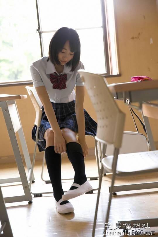 男人为什么钟爱高中女生 日本男人列出钟情高中学生妹5大理由