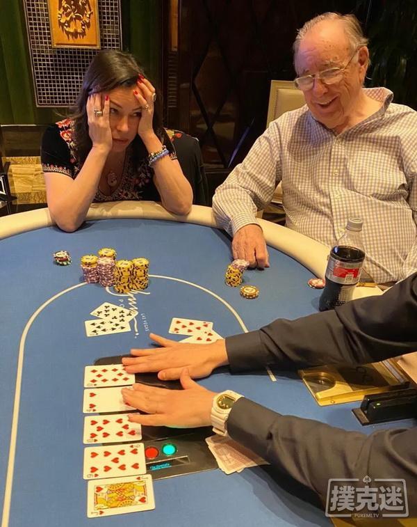 Jennifer Tilly击中四条仍输掉16万美元的底池
