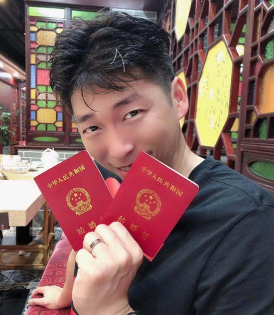 【博狗体育】沈琼:出征联赛错过妻子生日 爱人言语让少帅鼻酸