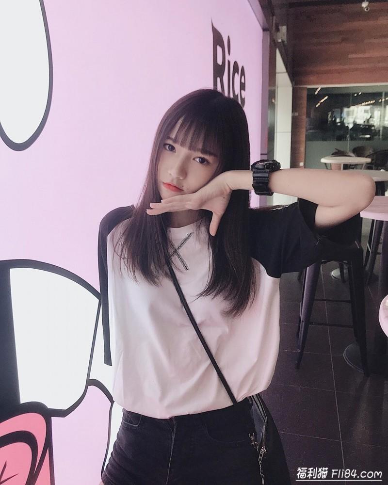 今日妹子图20200314:马来西亚18岁学生妹Ciao Wen(巧雯)