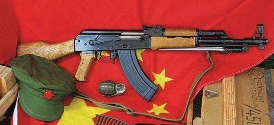 中国军援厄瓜多尔10000支AK-47步枪 细节保密