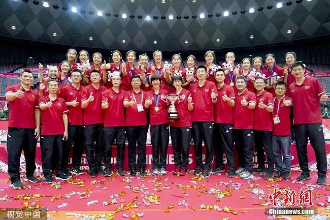 【博狗体育】郎平哽咽回忆世界杯领奖细节 FIVB为郎导创造历史