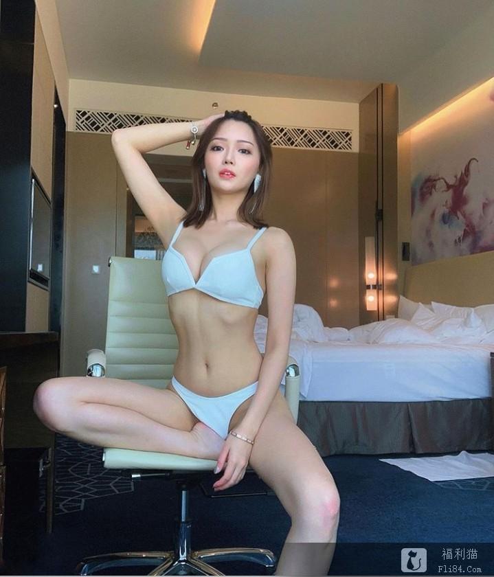 """香港模特""""程美段""""性感直逼""""明日花绮罗""""!""""长相、身材""""全进化 网友:是不一样了!"""