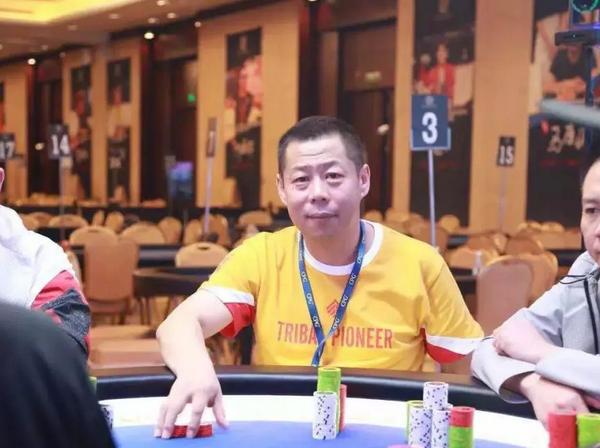国人牌手故事 | 魔幻先生尹默墨:一次偶然之旅,完成了人生最重要的跨界!