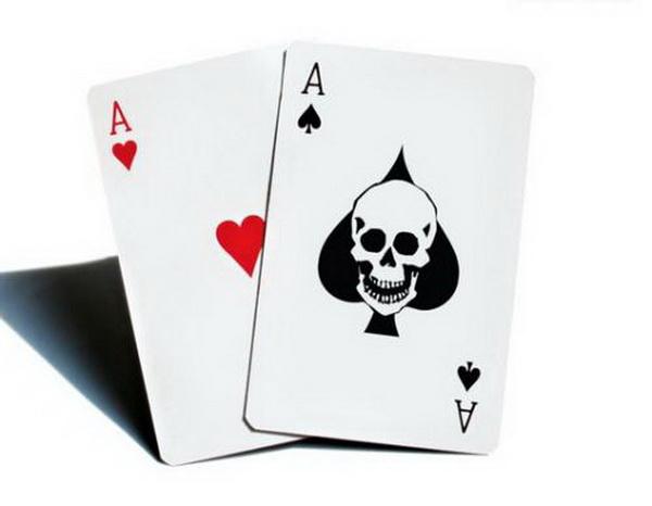 德州扑克如何在利润丰厚的现场锦标赛榨取最大价值