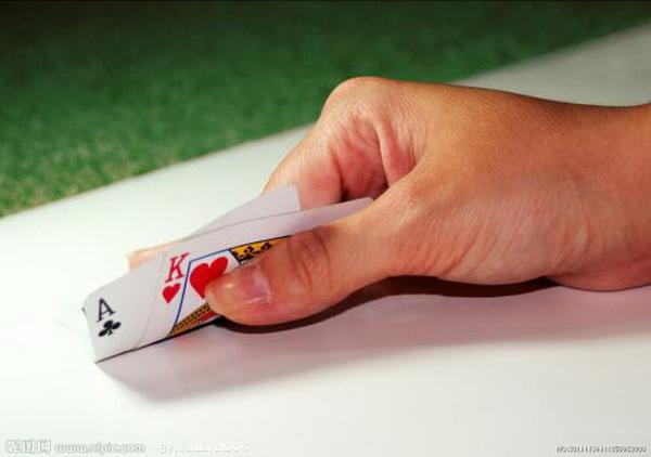 德州扑克四个无论如何要避免的错误