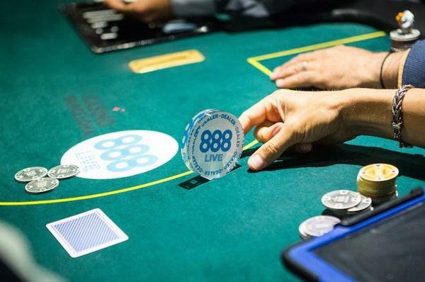 德州扑克按钮位置的打法