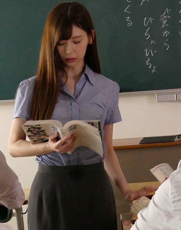 【博狗新闻】专属美少女ATID-318: 明里紬移籍凌辱片商化身极品正妹女教师沦为性奴性玩具!