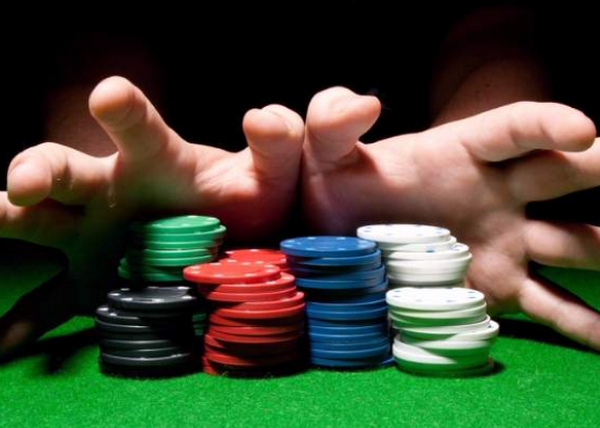 德州扑克论牌手的全压心态