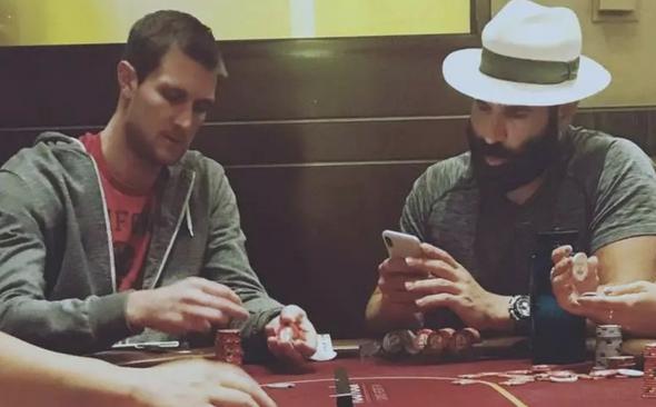 你还梦想做个德州扑克职业玩家吗