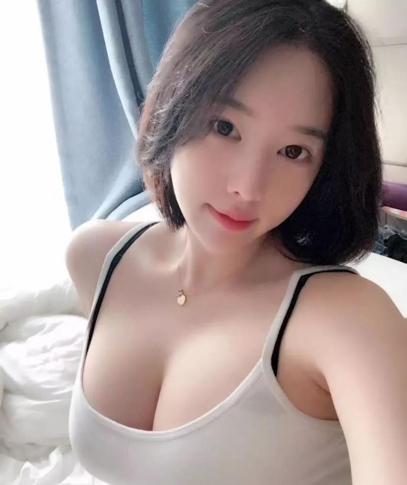 身材火辣的韩国美女主播兼瑜伽教练@bitnara