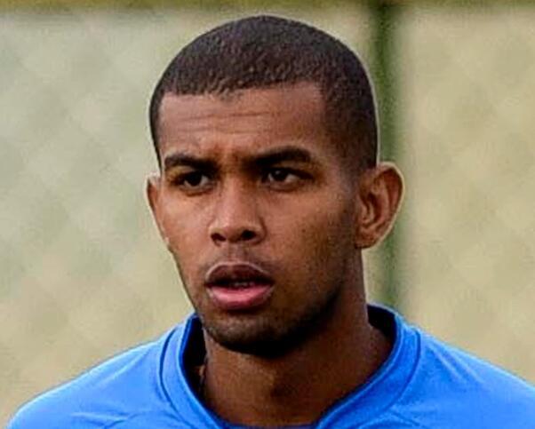 【博狗体育】巴西24岁球员赛中倒地心脏骤停 本周脑死亡离世
