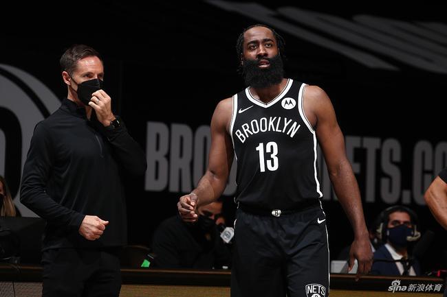 【博狗体育】转会后前两场均砍30+10 哈登成NBA历史首人