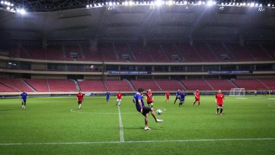 【博狗体育】虹口足球场将于春节期间开放 7人制场2小时8000元