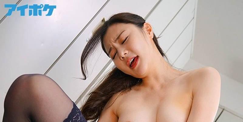 """170公分美腿女教师""""白峰ミウ""""一上课就逼我舔她黑丝袜 受不了要进入也是可以呦"""