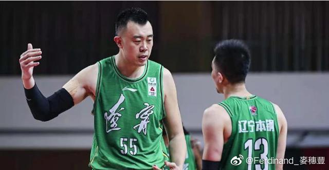 【博狗体育】篮球媒体人暗示郭艾伦因球鞋代言没有出战