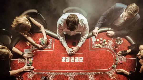 德州扑克这5点暗示着对手【牌力弱】