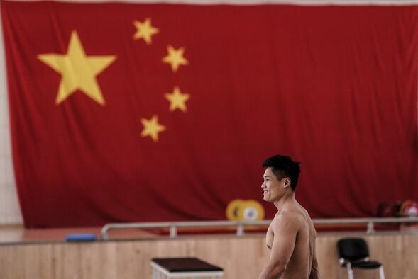 【博狗体育】30金+八项世界纪录 举重亚锦赛中国队一览众山小
