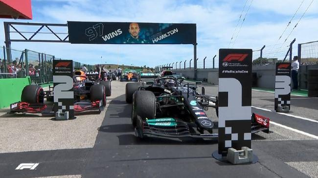 【博狗体育】F1葡萄牙站正赛:汉密尔顿蝉联冠军 杆位博塔斯第三