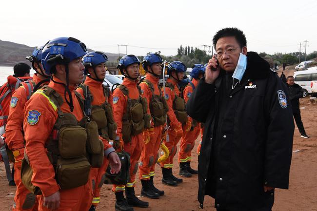【博狗体育】甘肃景泰山地马拉松搜救结束 历时约24小时